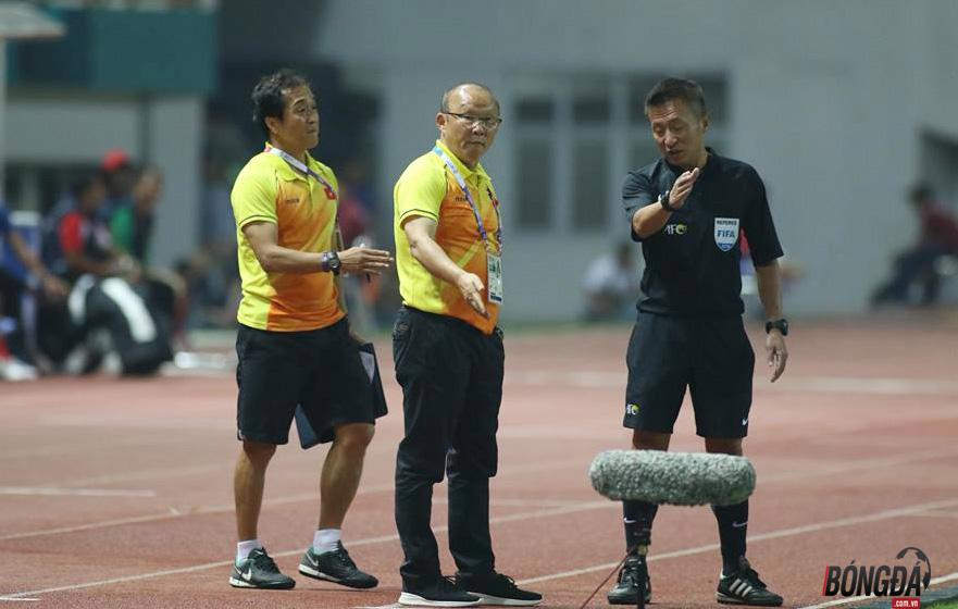 TRỰC TIẾP U23 Việt Nam 1-0 U23 Nepal (H2): Anh Đức đánh đầu khai thông thế bế tắc - Bóng Đá