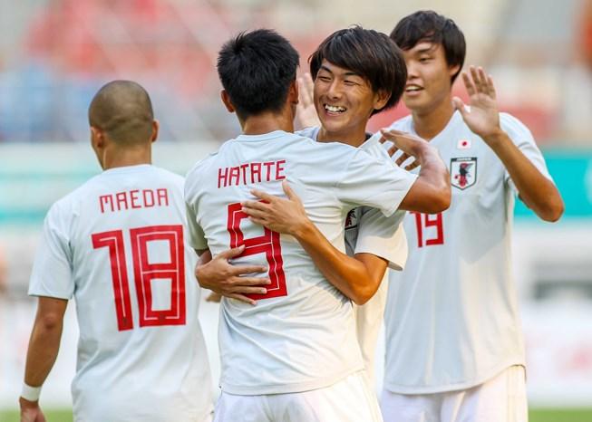 TRỰC TIẾP U23 Việt Nam vs U23 Nepal: Công Phượng dự bị, Văn Đức đá chính - Bóng Đá