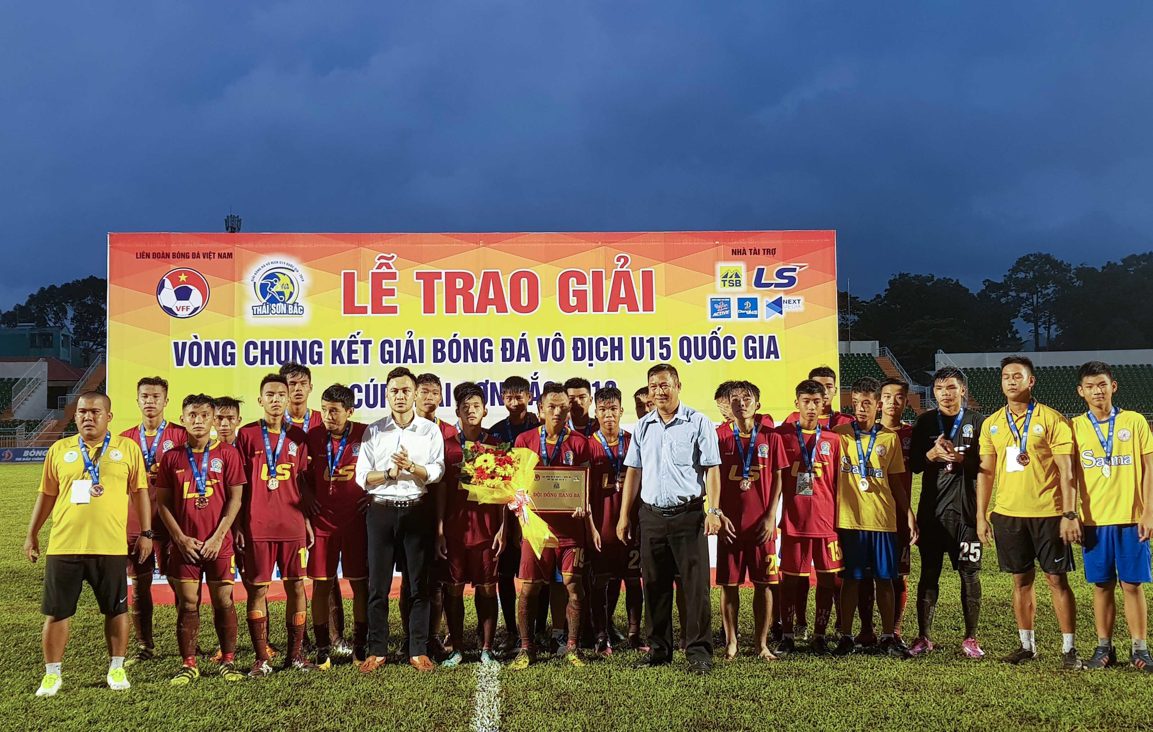 VCK U15 Quốc gia 2018: Thắng kịch tính S.Khánh Hòa, SLNA vào chung kết - Bóng Đá