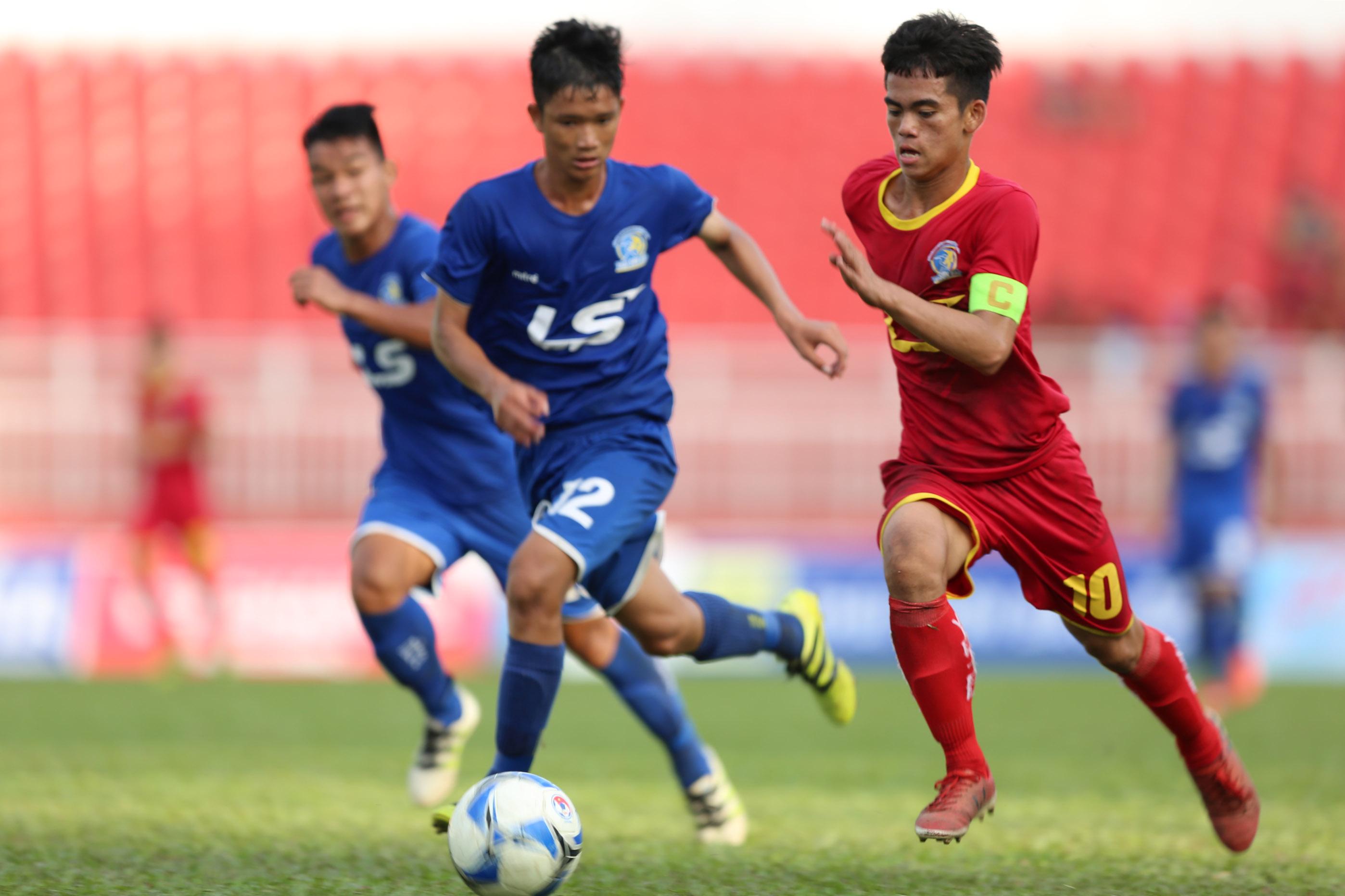 VCK U15 Quốc gia 2018: Viettel tranh chung kết với SLN - Bóng Đá