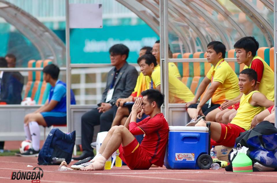 TRỰC TIẾP U23 Việt Nam 1-1 U23 UAE (Pen 3-4): Gục ngã đáng tiếc trên loạt
