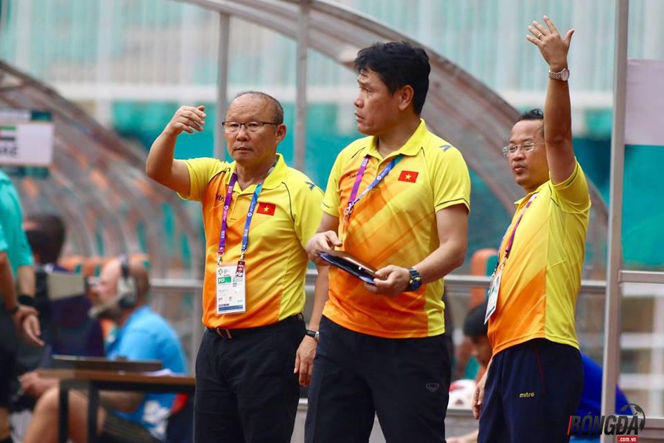TRỰC TIẾP U23 Việt Nam 1-1 U23 UAE (HIỆP 1): Minh Vương, Văn Đức vào sân - Bóng Đá