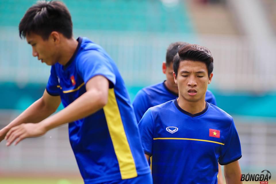 TRỰC TIẾP U23 Việt Nam 0-0 U23 UAE (HIỆP 1): Anh Đức đá chính, Công Phượng - Xuân Trường dự bị  - Bóng Đá