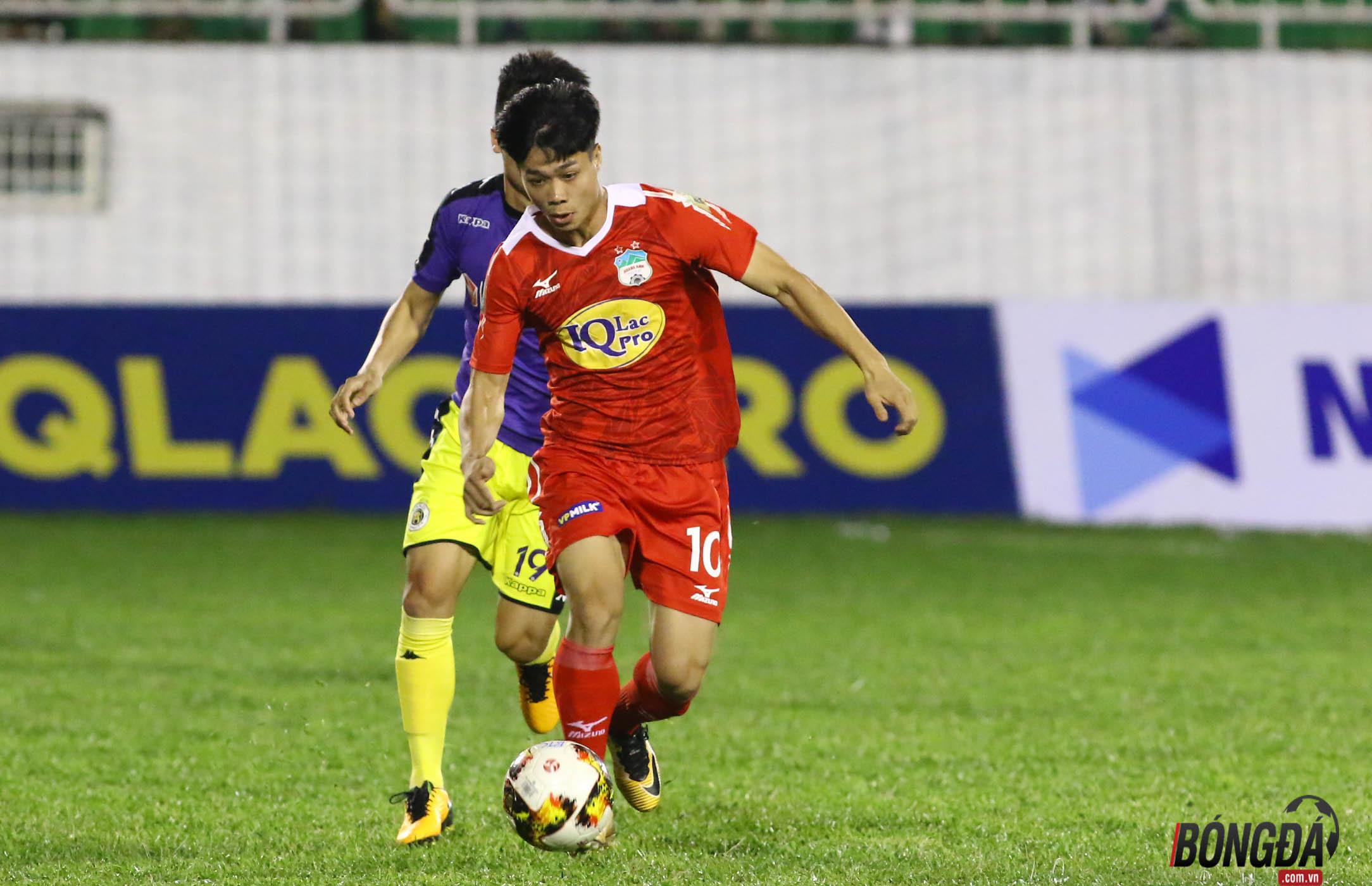 TRỰC TIẾP HAGL 0-1 Hà Nội FC (HIỆP 1): Ngoại binh Oseni lập công - Bóng Đá