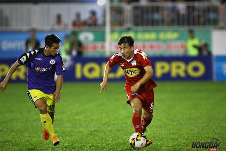 TRỰC TIẾP HAGL 1-4 Hà Nội FC (HIỆP 1): Oseni hai lần xé lưới Văn Tiến - Bóng Đá