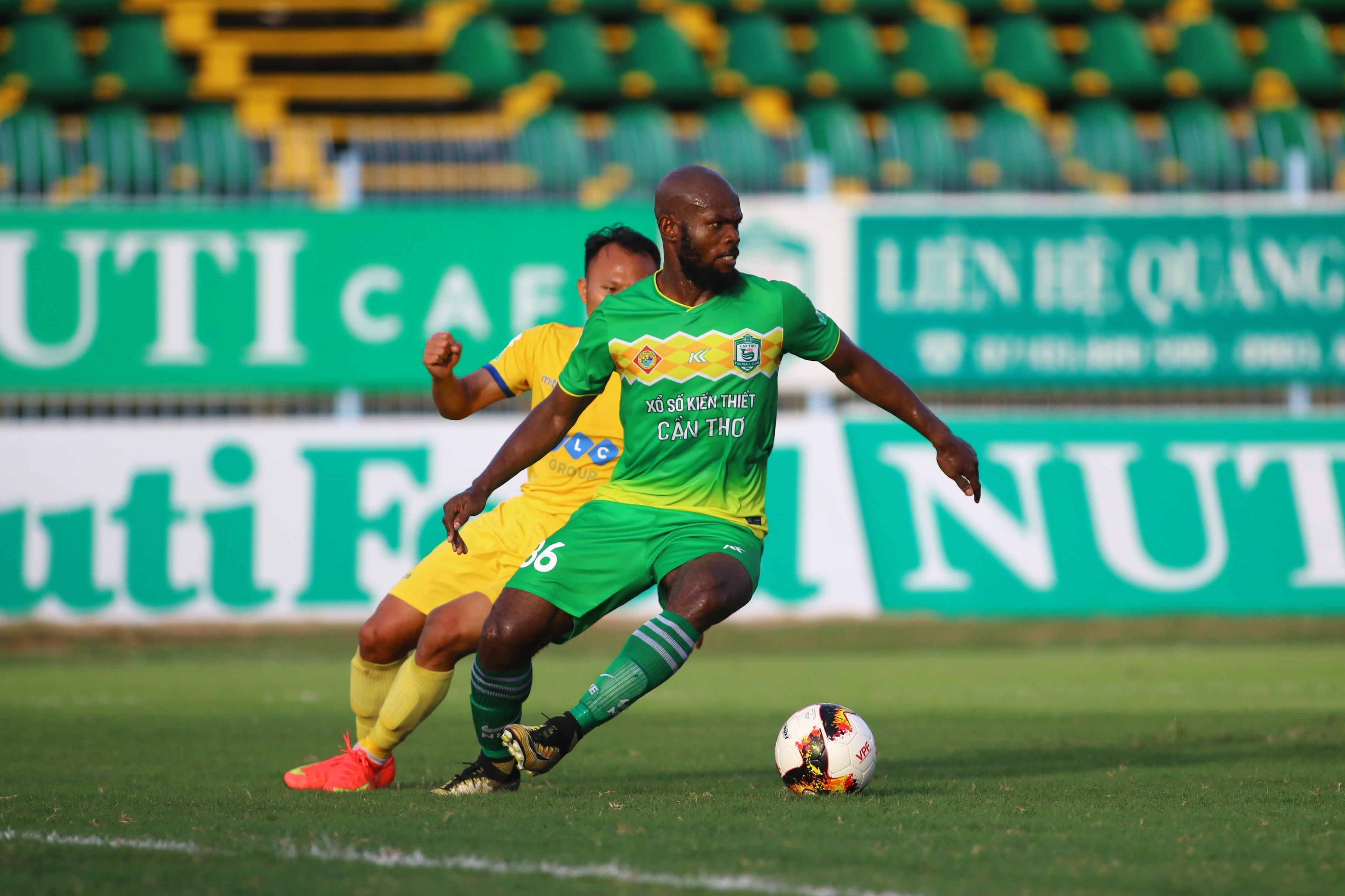 Vòng 24 V-League 2018: Tất cả vì cuộc chiến trụ hạng - Bóng Đá