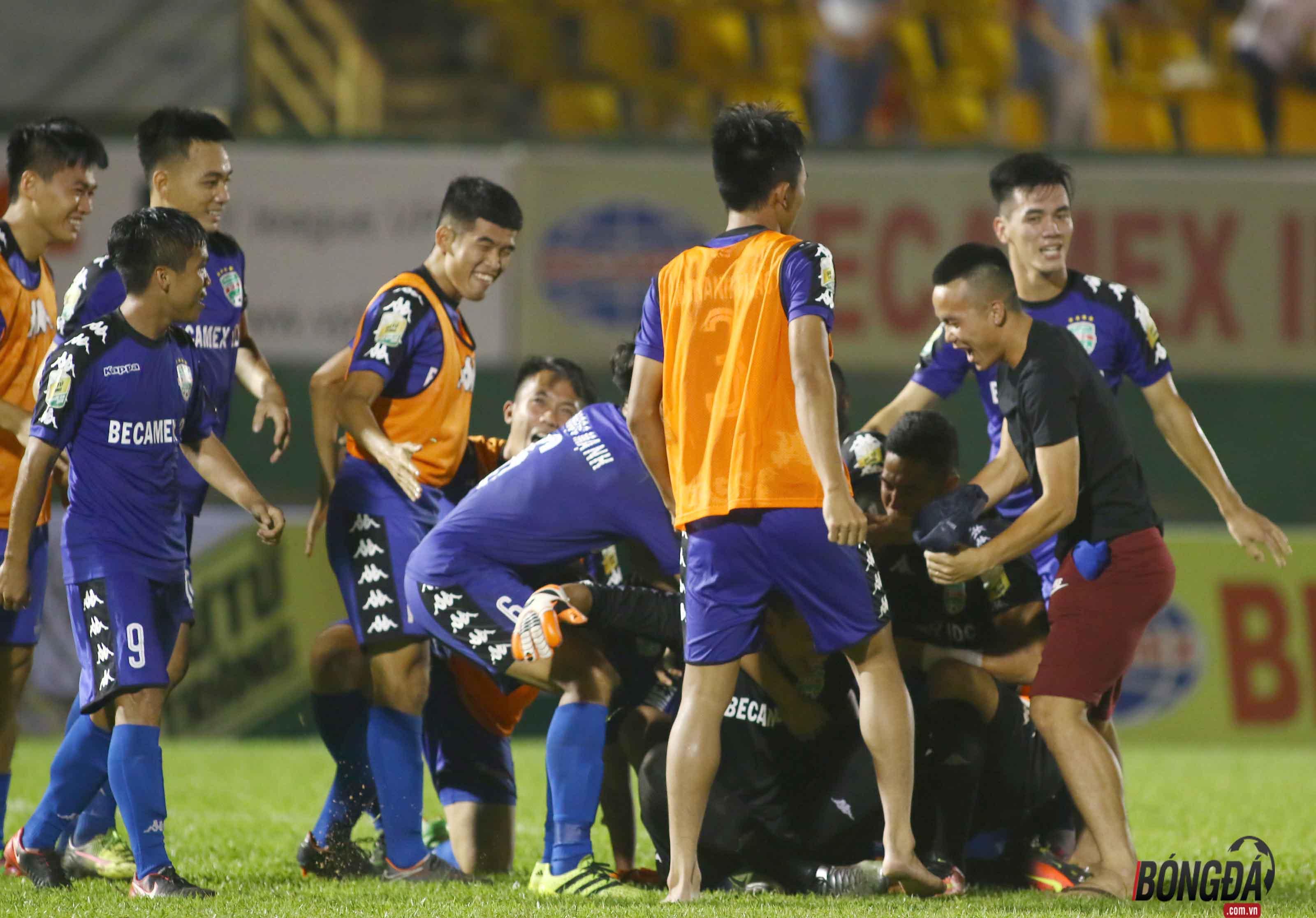 Bắt chết Quang Hải, Bình Dương giành vé vào chung kết Cup QG 2018 - Bóng Đá