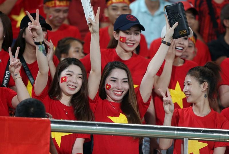 TRỰC TIẾP ĐT Lào 0-1 ĐT Việt Nam: Công Phượng nổ súng - Bóng Đá