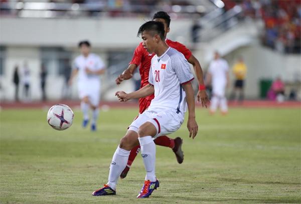 TRỰC TIẾP ĐT Lào 0-2 ĐT Việt Nam (H2): Văn Đức vào thay Văn Hậu - Bóng Đá