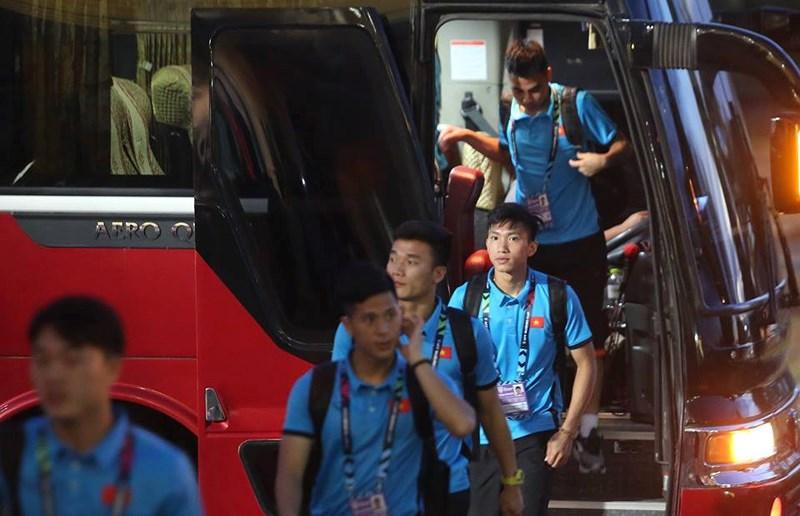 TRỰC TIẾP ĐT Lào 0-0 ĐT Việt Nam: Khởi đầu tưng bừng trên đất khách - Bóng Đá