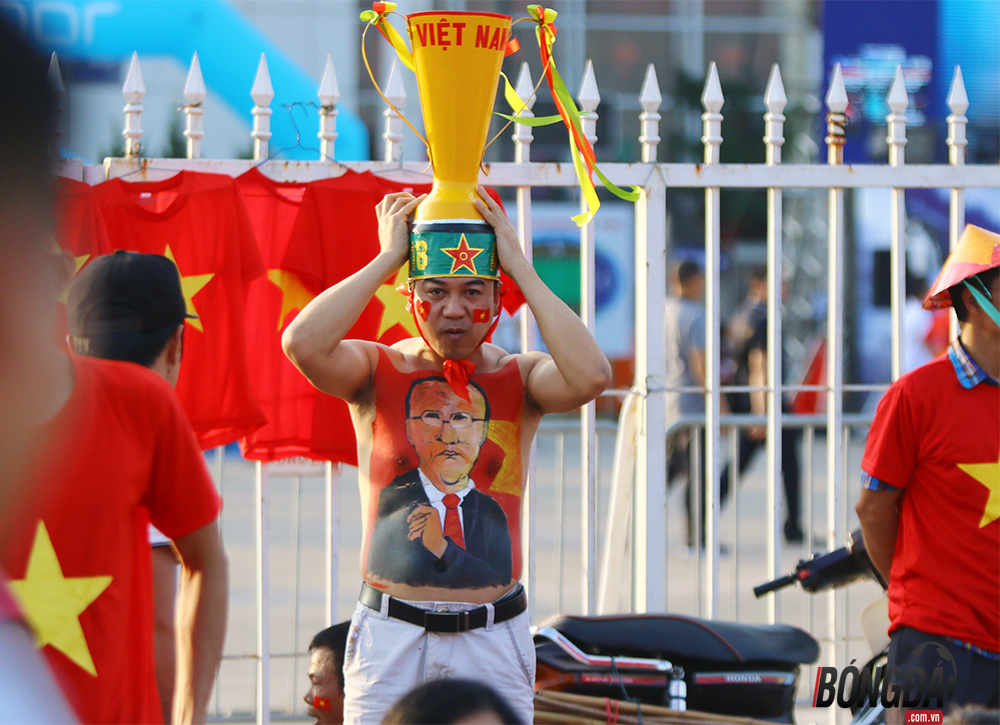 Chùm ảnh: Tuyệt vời CĐV Việt Nam - Bóng Đá