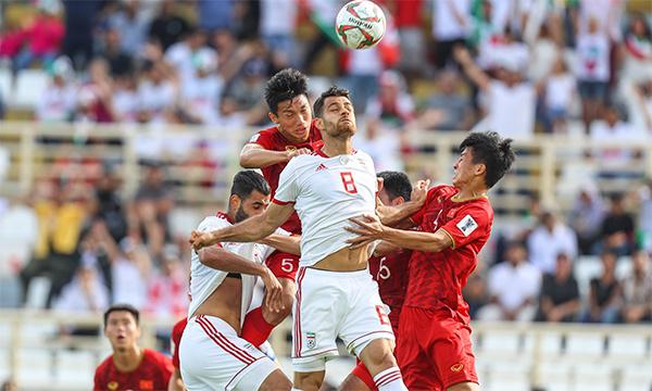 Trực tiếp ĐT Việt Nam 0-2 ĐT Iran (H2): Đối thủ nhân đôi cách biệt, khác biệt ở đẳng cấp - Bóng Đá