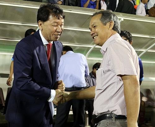 Giúp TP.HCM lên đỉnh V-League 2019, bạn thân thầy Park không quên ơn bầu Đức - Bóng Đá