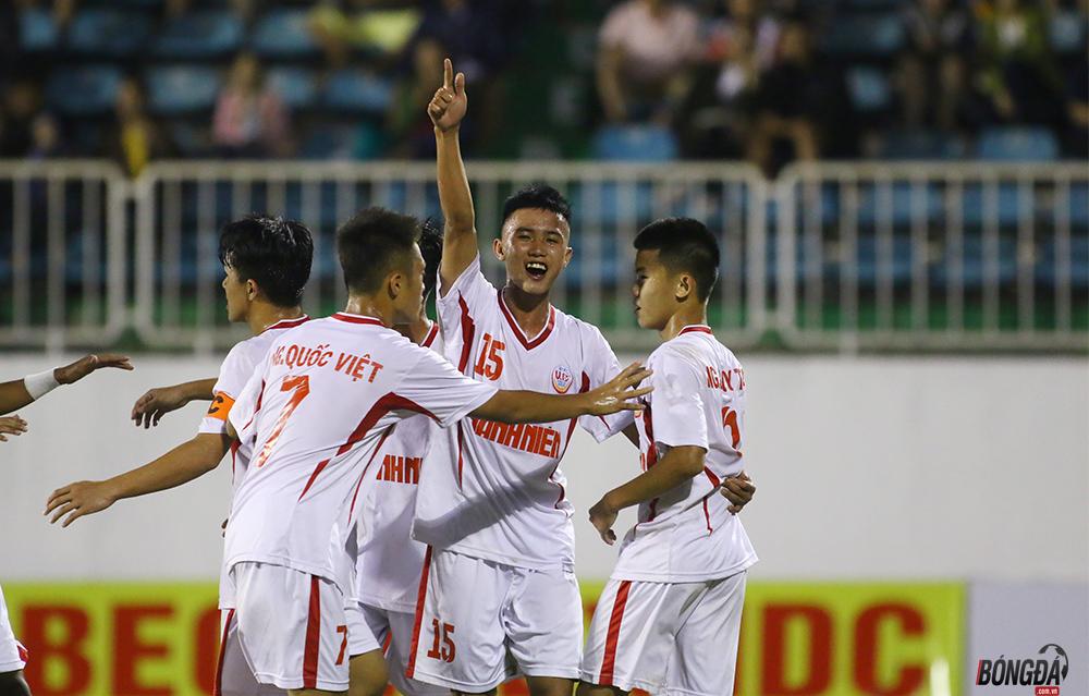 Đàn em Công Phượng, Quang Hải đấu chung kết giải U19 Quốc gia - Bóng Đá