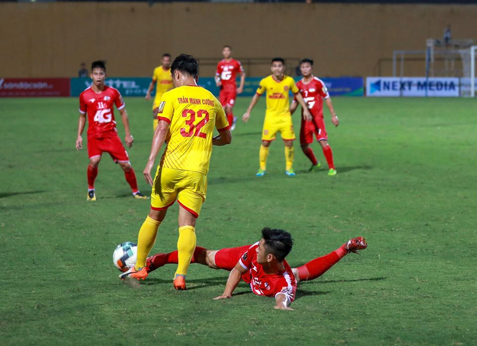 Trực tiếp Viettel 0-0 Nam Định: Đôi công hấp dẫn - Bóng Đá