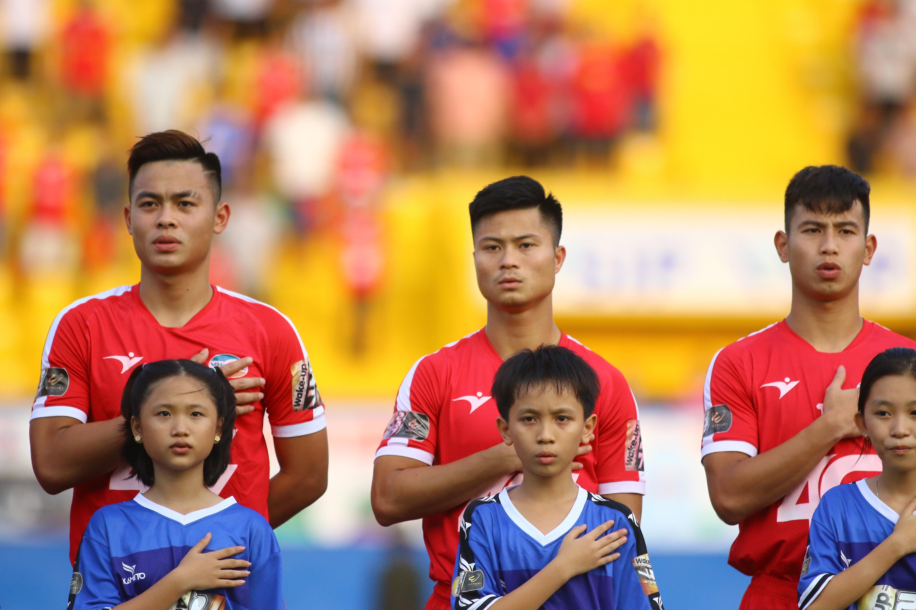 Trực tiếp Viettel 0-0 Nam Định: Đội hình xuất phát - Bóng Đá