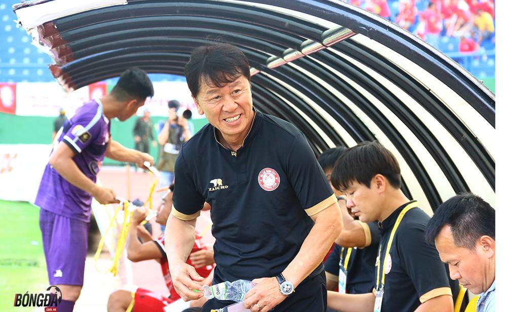 Chiến lại ngôi đầu từ tay Hà Nội, HLV TP.HCM lần đầu nói về chức vô địch - Bóng Đá
