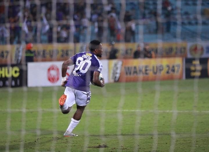Trực tiếp Hà Nội FC 1-1 Hải Phòng (H2): Samson ghi bàn trên chấm 11 - Bóng Đá