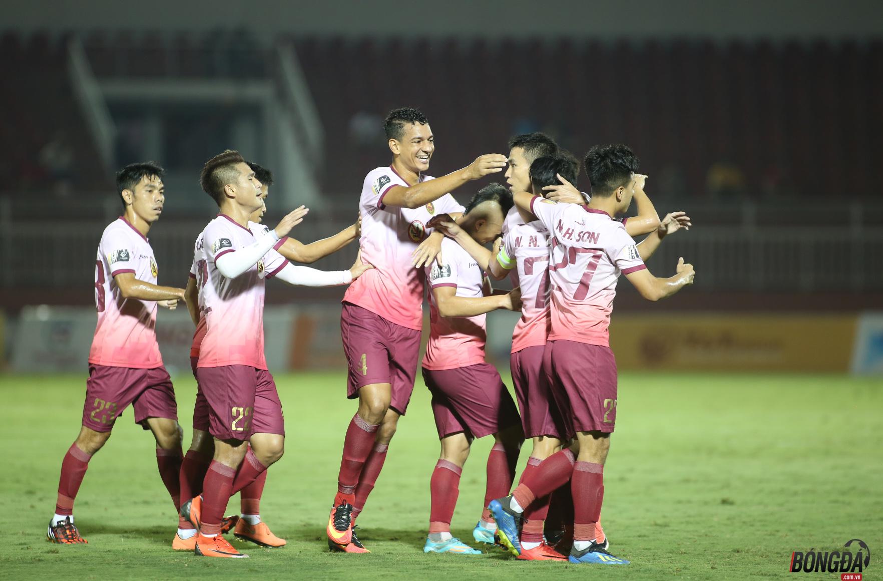 Sài Gòn FC vào Top 3 V-League, HLV Thành Công nói điều đặc biệt - Bóng Đá