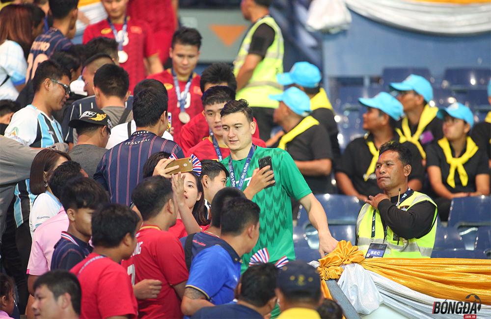 Hậu King's Cup 2019: Người Thái phải nhìn khác và nghĩ khác về Xuân Trường, Văn Lâm - Bóng Đá