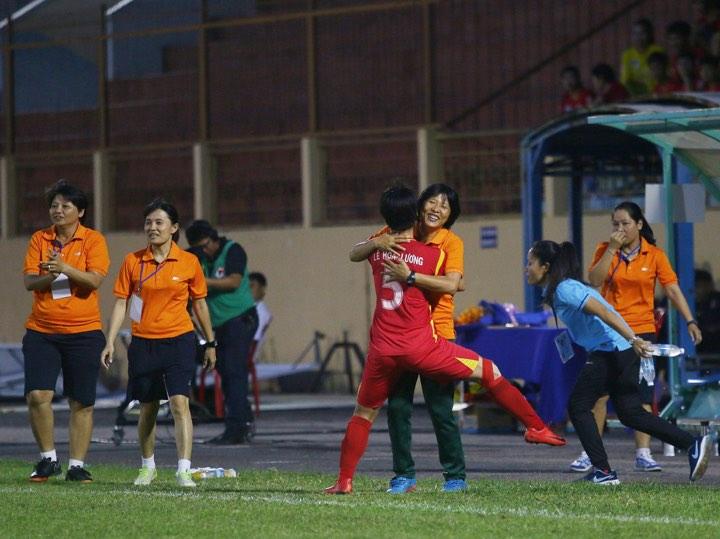Giải VĐQG nữ 2019: TP.HCM I vô địch lượt đi - Bóng Đá