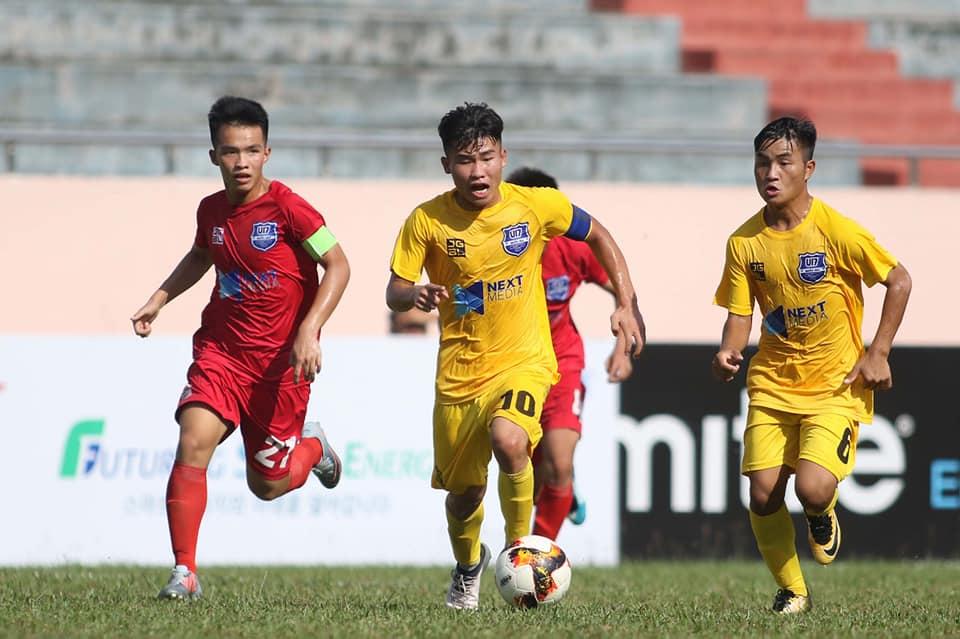 Đại thắng Khánh Hòa, U17 Thanh Hóa chạm trán đàn em Công Phượng ở bán kết - Bóng Đá