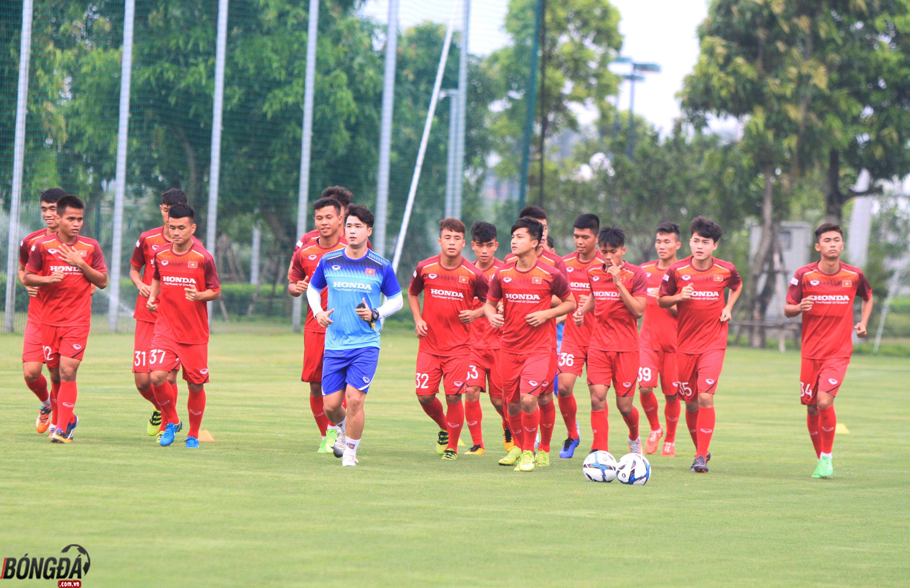 18h00 trực tiếp U23 Việt Nam vs U18 Việt Nam: Phép thử của HLV Park Hang-seo - Bóng Đá