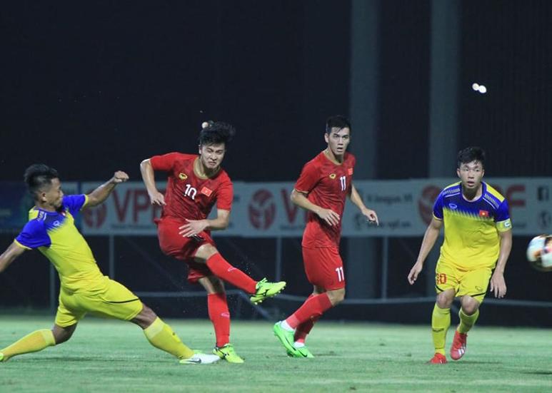 18h00 Trực tiếp U23 Việt Nam 1-0 U18 Việt Nam (H2): Martin Lo dứt điểm hiểm hóc - Bóng Đá