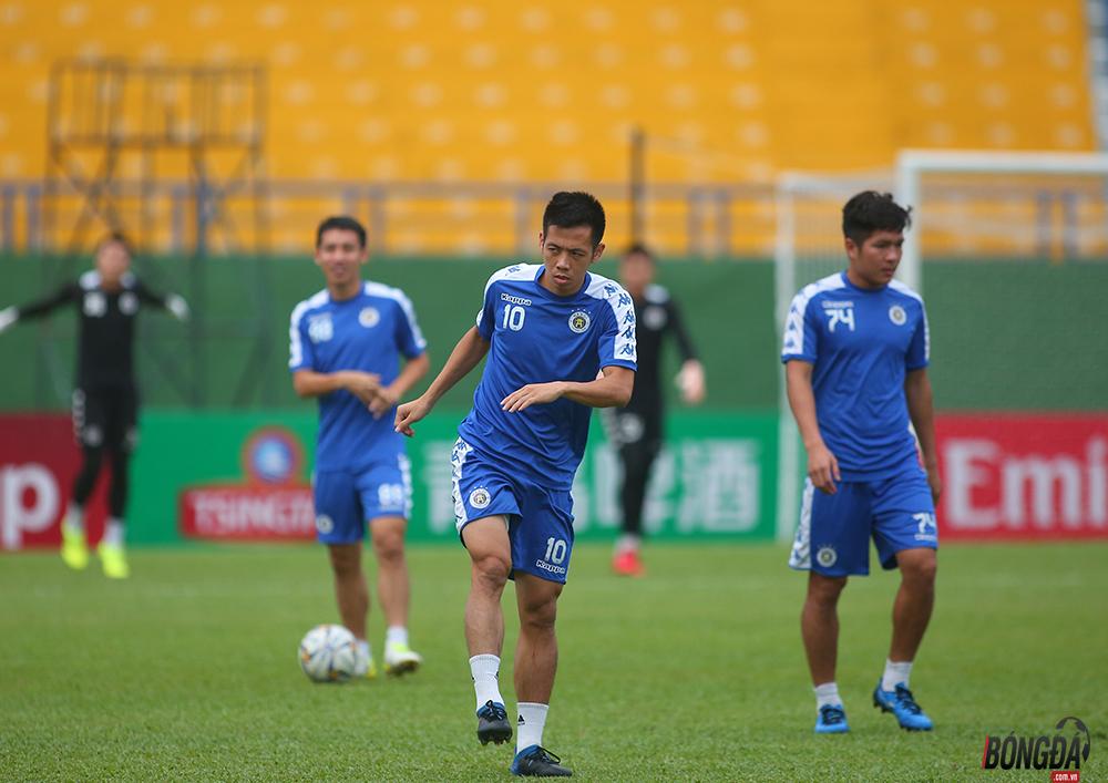 Hà Nội đấu Bình Dương chung kết AFC Cup 2019: Đức Huy chấn thương, Quang Hải tập riêng - Bóng Đá