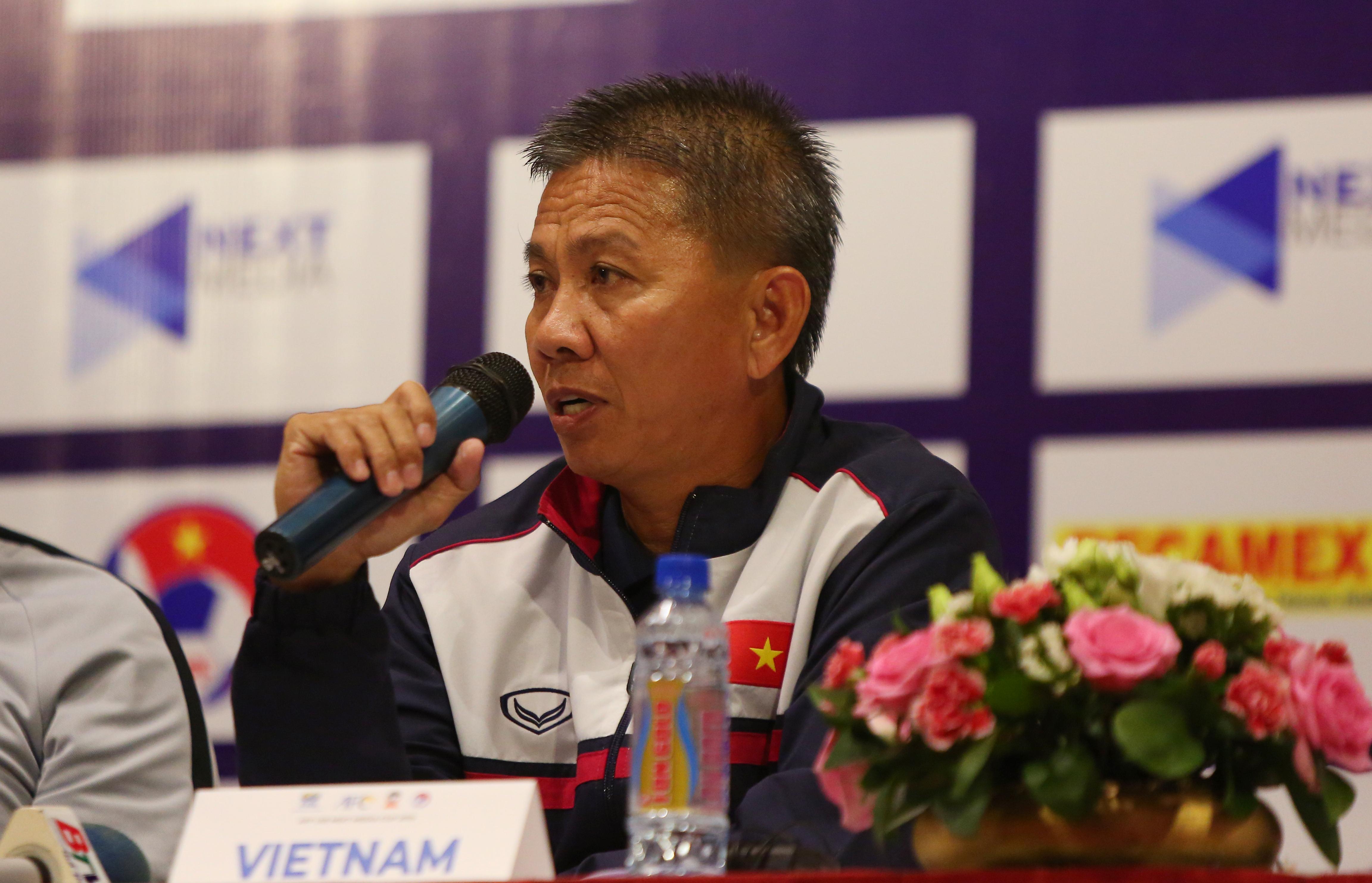 HLV Hoàng Anh Tuấn: