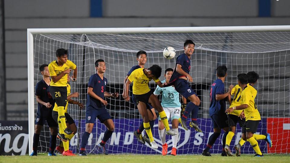 Điểm tin bóng đá Việt Nam sáng 10/08: Cầu thủ Thái Lan đánh nhau với Malaysia, Chân thương Văn Thanh không nghiêm trọng - Bóng Đá