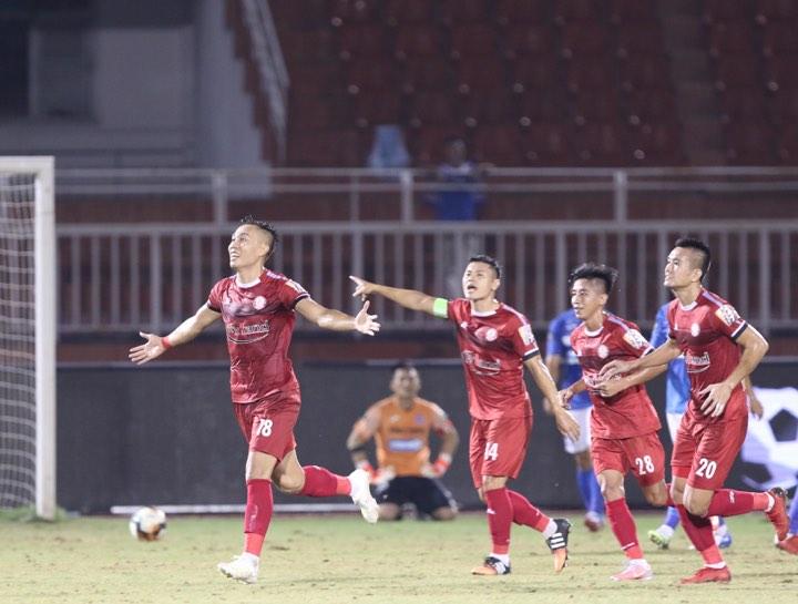 Đả bại Than Quảng Ninh, TP.HCM thắp lên hy vọng bám đuổi ngôi vương cùng Hà Nội FC - Bóng Đá