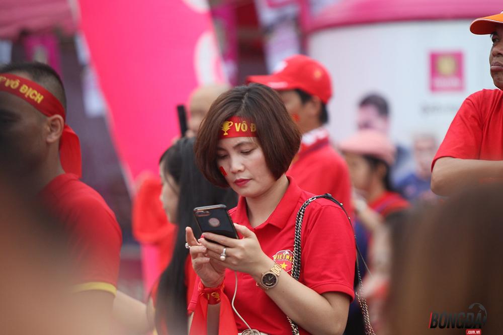 Không khí rộn ràng, ĐT Việt Nam sẵn sàng chiến tuyển Thái Lan - Bóng Đá