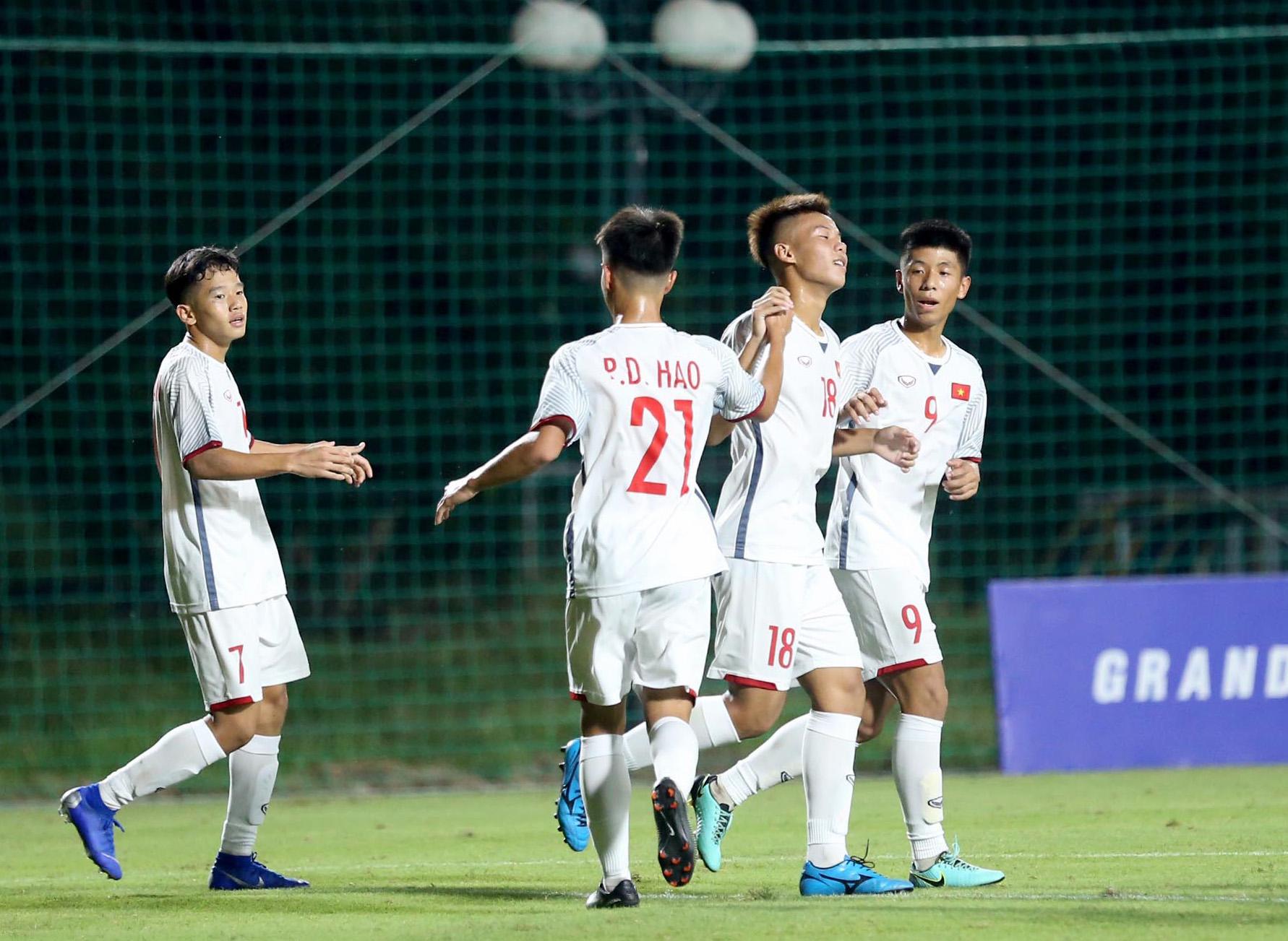 Thắng dễ Timor Leste, U16 Việt Nam khởi động như mơ Vòng loại U16 châu Á 2020 - Bóng Đá
