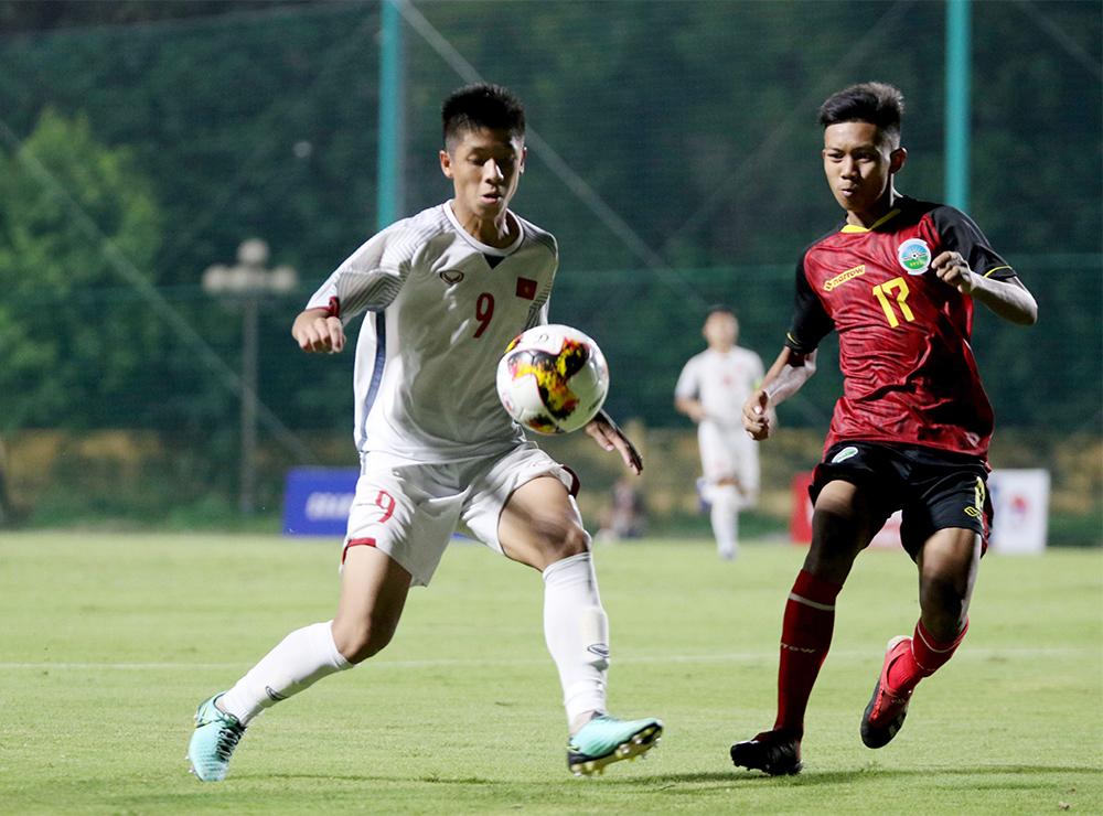 HLV Đinh Thế Nam chưa hài lòng dù U16 Việt Nam có 3 điểm - Bóng Đá