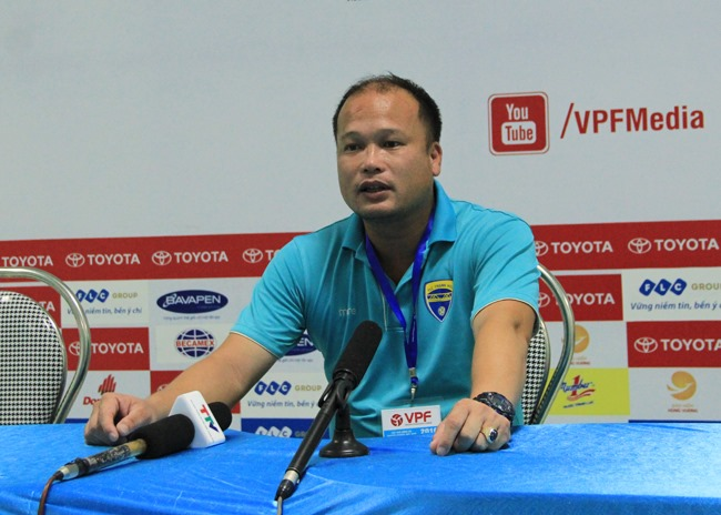 Thanh Hóa bổ nhiệm Hoàng Thanh Tùng cho cuộc chiến trụ hạng V-League 2019 - Bóng Đá