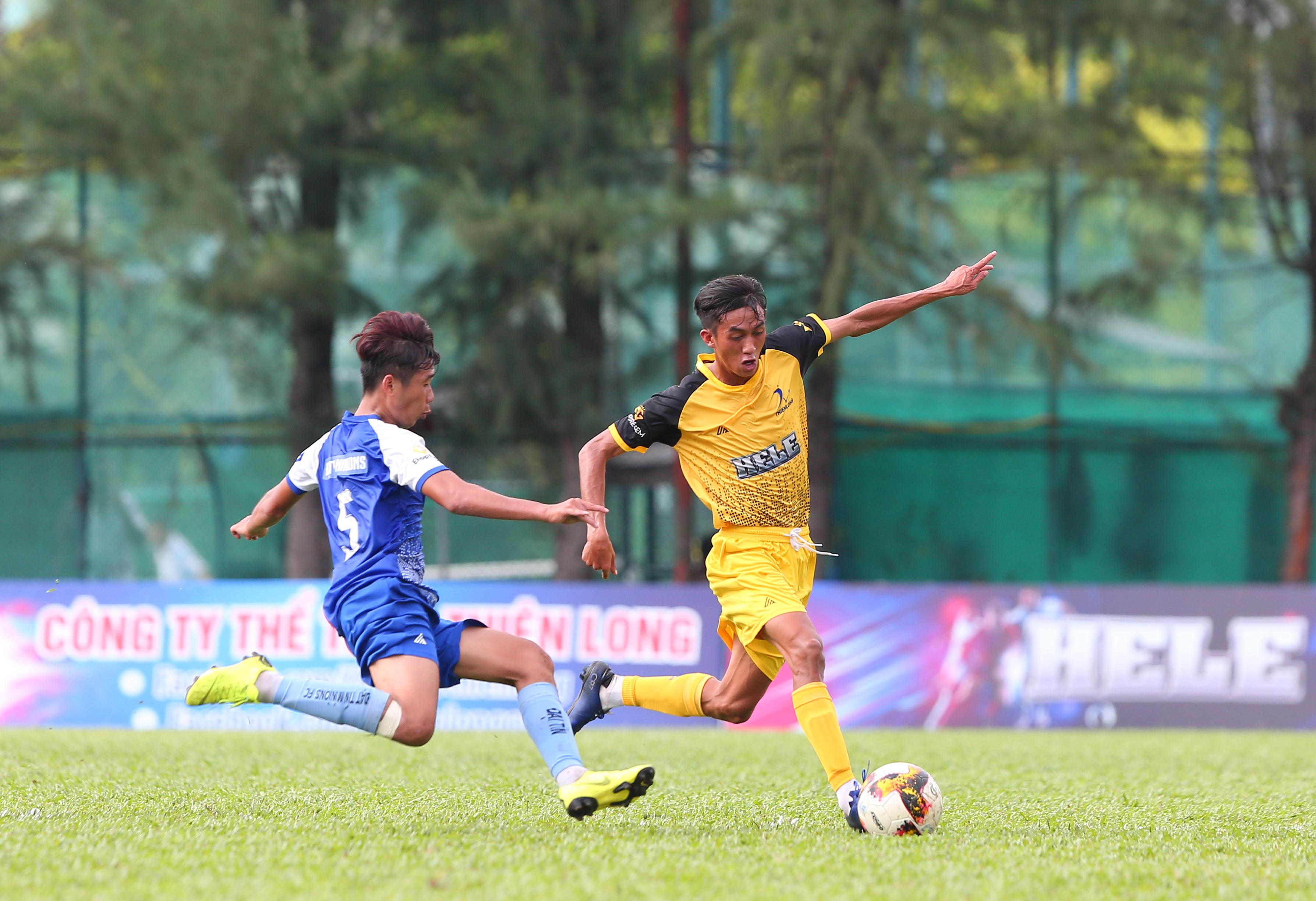 Giải Thể thao Thên Long tranh Cup Hele 2019: FC Minh Nhật bứt phá, Dũng SEA và Tân Phú FC còn cửa vô địch - Bóng Đá