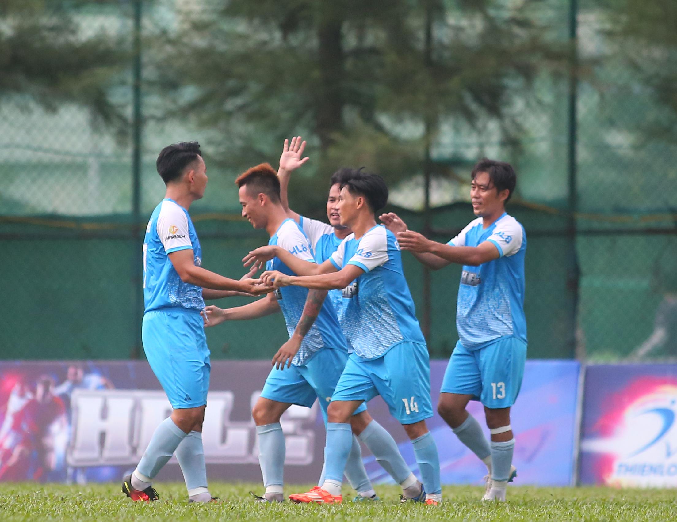 Minh Nhật FC bất ngờ lên ngôi vương Thể thao Thiên Long 2019 - Bóng Đá
