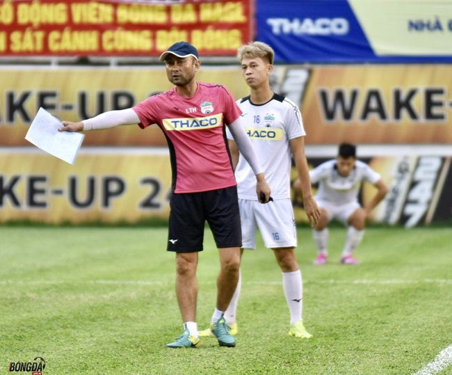"""Hiện tượng chủ động """"dừng cuộc chơi"""", thay tướng đổi vận tại V-League - Bóng Đá"""