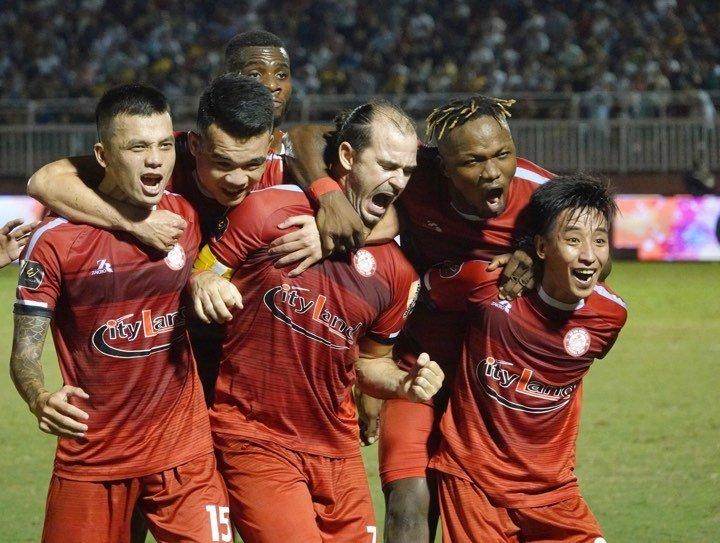 TP.HCM - Hà Nội FC: 2 thẻ đỏ, kịch tính cuộc đua ngôi vương V-League