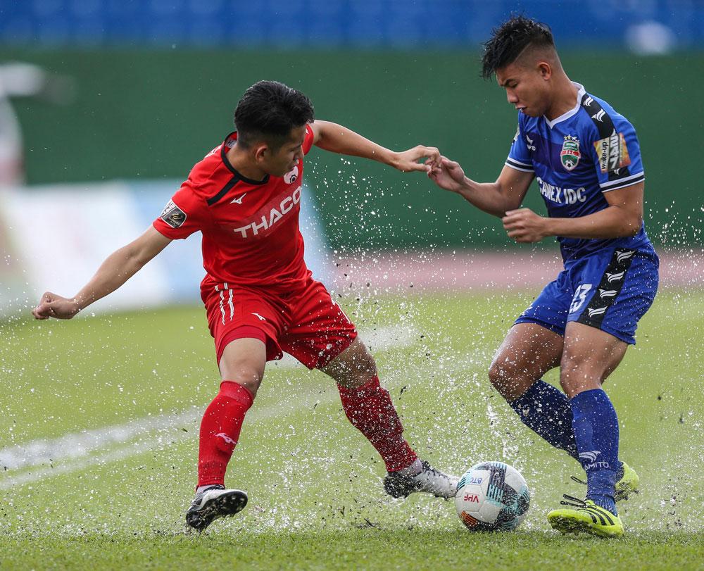 Thấy gì từ danh sách đội tuyển Việt Nam đấu Thái Lan? - Bóng Đá