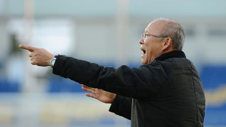 Từ World Cup đến SEA Games: Tướng Park sẽ quật ngã HLV Nishino? - Bóng Đá