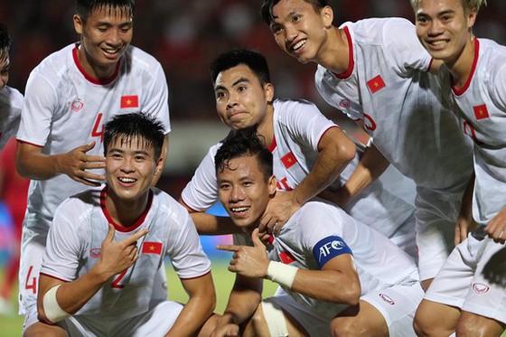 Top 5 tuyển thủ Việt Nam thi đấu ấn tượng năm 2019 - Bóng Đá
