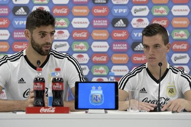 TIẾT LỘ: Messi yêu cầu Sampaoli