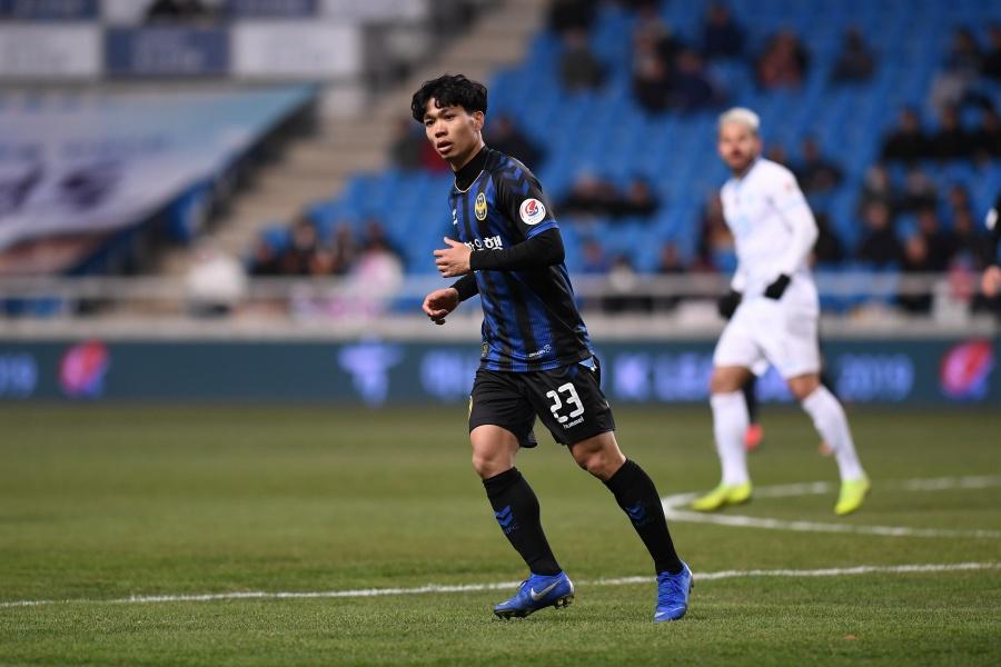 Park Ji Sung, Saudi Arabia và chuyện xuất ngoại của cầu thủ Việt - Bóng Đá