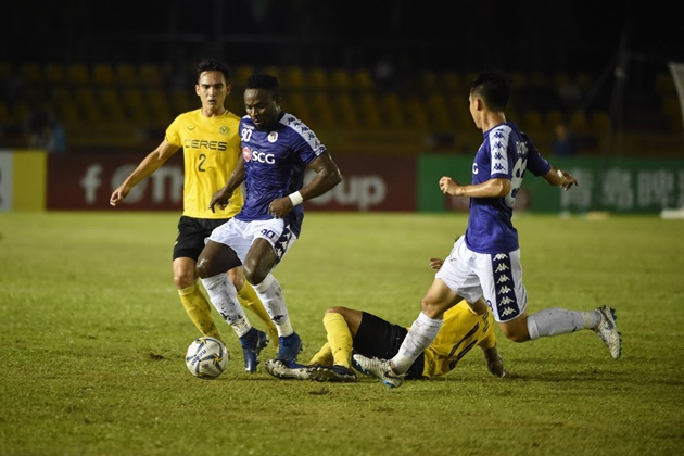 Bán kết lượt về AFC Cup: Hà Nội nên thu mình như ĐT Việt Nam - Bóng Đá