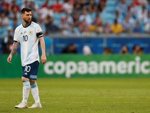 Chúng ta có đang quá khắt khe với Lionel Messi? - Bóng Đá
