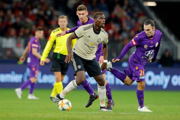 Chỉ đá giao hữu, Man Utd vẫn hút hàng vạn người đến sân xem mình thi đấu - Bóng Đá