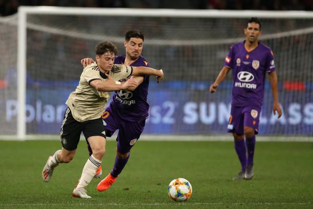 Daniel James và Wan-Bissaka chơi thế nào trong ngày 'debut' Man Utd - Bóng Đá