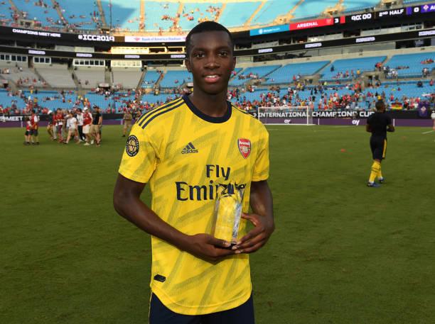 Nhìn sao trẻ tỏa sáng, Arsenal phải thầm cảm ơn Chelsea - Bóng Đá